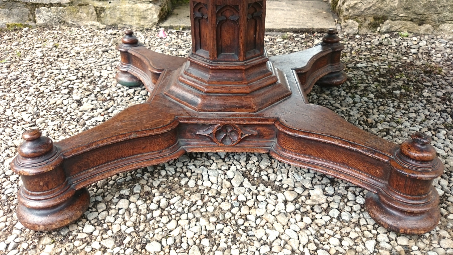 Antique Bed: Antique Writing Tables