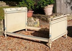 06112017Antique French Painted Bed 49½w max 49w outside of rails 87 long max 75 long inside _3.JPG