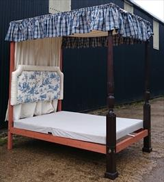 0604201918th Century Four Poster Bed 87H 89L 57W 83L Inside 13.JPG