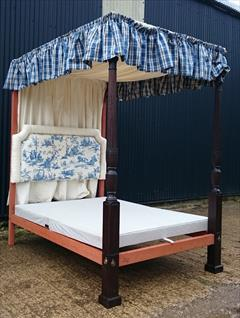 0604201918th Century Four Poster Bed 87H 89L 57W 83L Inside 4.JPG