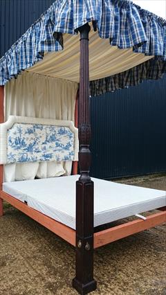 0604201918th Century Four Poster Bed 87H 89L 57W 83L Inside 5.JPG