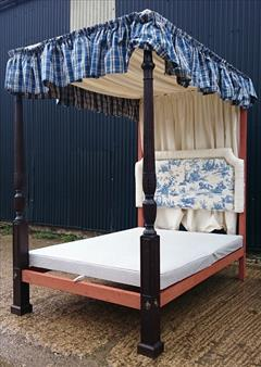 0604201918th Century Four Poster Bed 87H 89L 57W 83L Inside 9.JPG